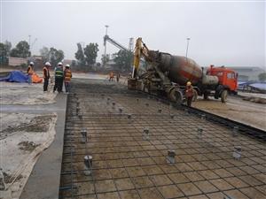Đổ bê tông bãi Container 2